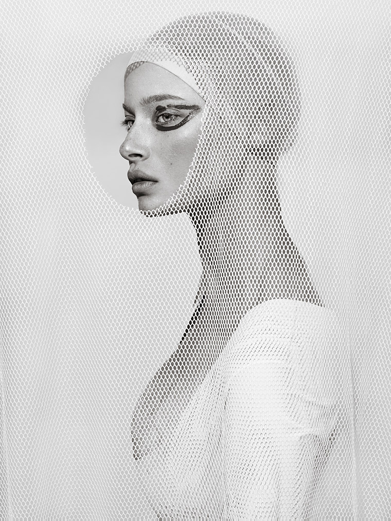 Deconstructed : a series of beautiful portraits by Elena Iv-skaya - 8
