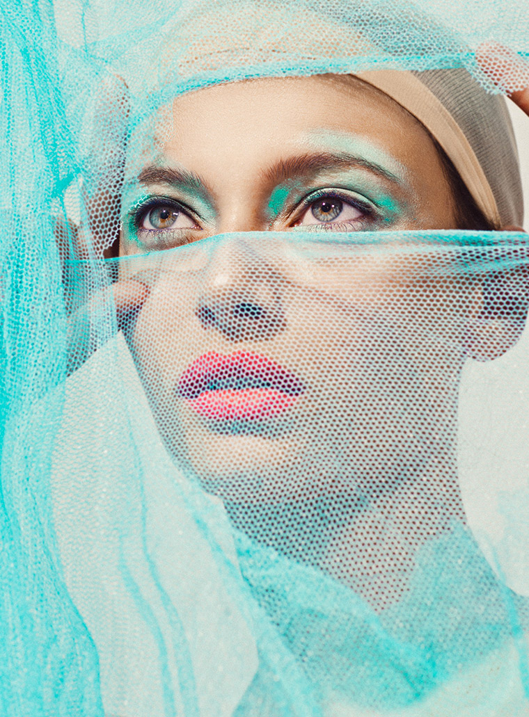 Deconstructed : a series of beautiful portraits by Elena Iv-skaya - 9