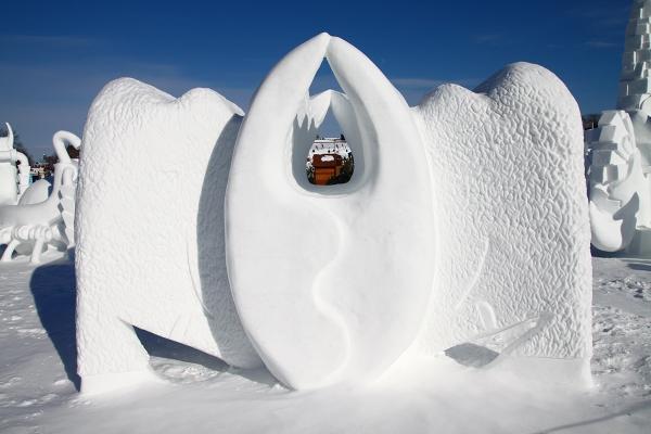 Quebec_Snow_Sculpture_09