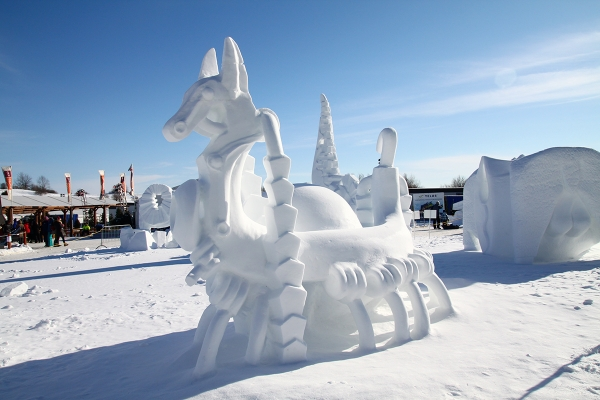 Quebec_Snow_Sculpture_10