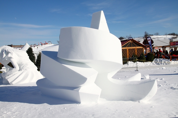 Quebec_Snow_Sculpture_11